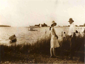 Harry Bakers Seaplane