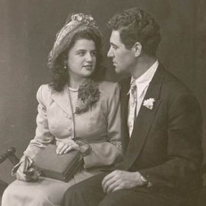 vintage wedding couple
